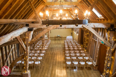 Claire&Rob_Bassmead_Manor_Barns_019