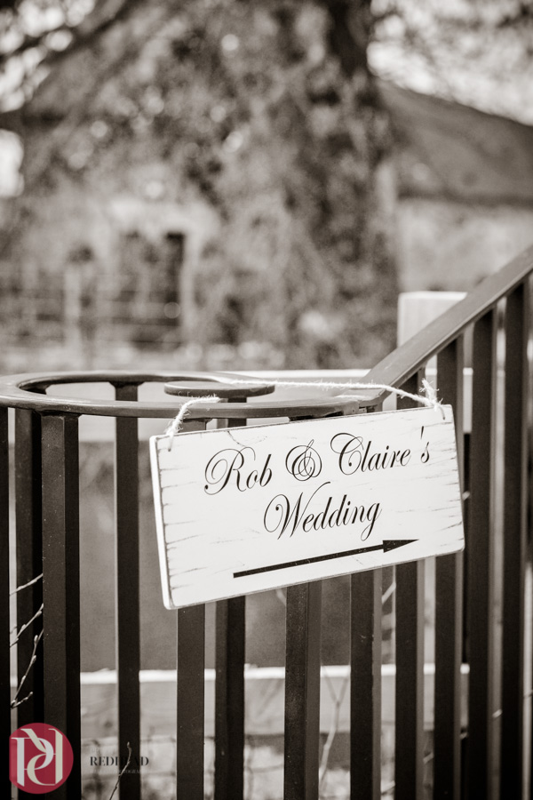 Claire&Rob_Bassmead_Manor_Barns_087